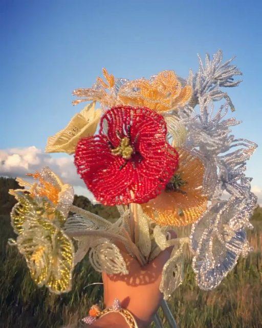 flowers for vases inspo🌿🌷🍄 vía @purautz @blossmbby and pinterest  Have a sunbath today💞 y crea crea y aprecia