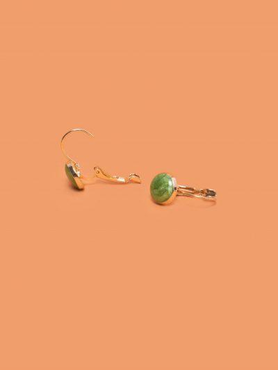 pendientes cariño verde con fondo