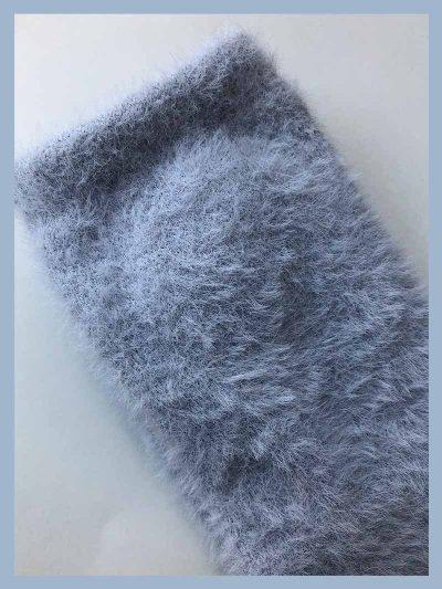 calcetines pelito azul bebé detalle